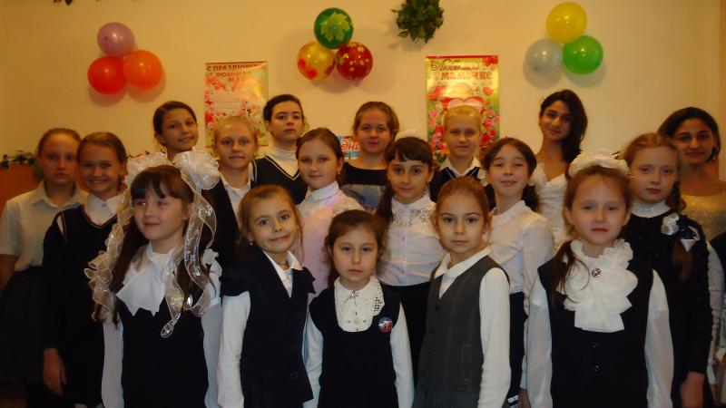 В Центре искусств казачьей культуры прошел концерт и показ художественных работ «Пасхальный перезвон»