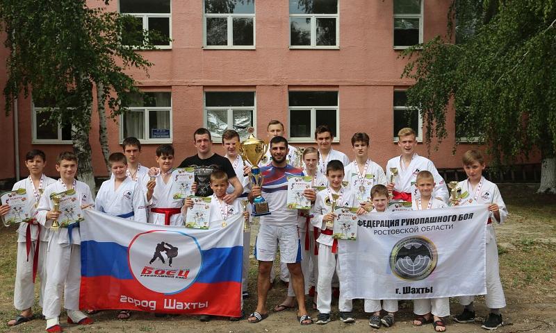 Спортсмены СК «Боец» г.Шахты пополнили свою копилку наград 38 медалями