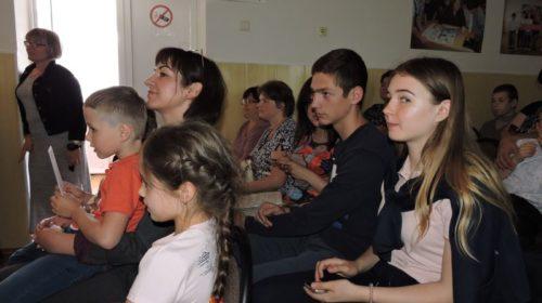 http://shakhty-media.ru/wp-content/uploads/2018/06/Semya-500x280.jpg