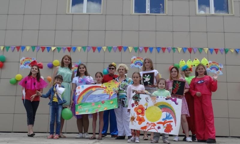 Праздник  «Пусть детство звонкое смеется!», посвященный Дню защиты детей, прошел в поселке Красина г.Шахты