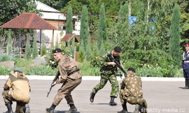99 призывников из Ростовской области будут служить в рядах ВМФ, 203 станут десантниками
