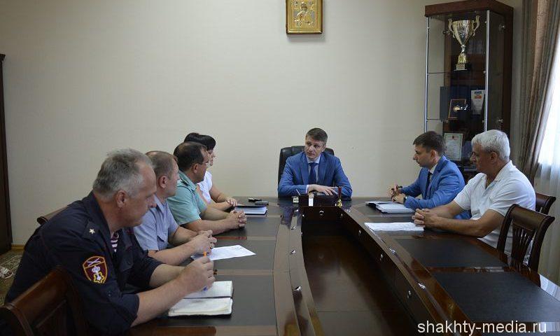 Глава администрации города Шахты провел первую рабочую встречу с руководителями федеральных структур