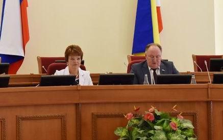 Бюджет Ростовской области за 2017 год исполнен с профицитом