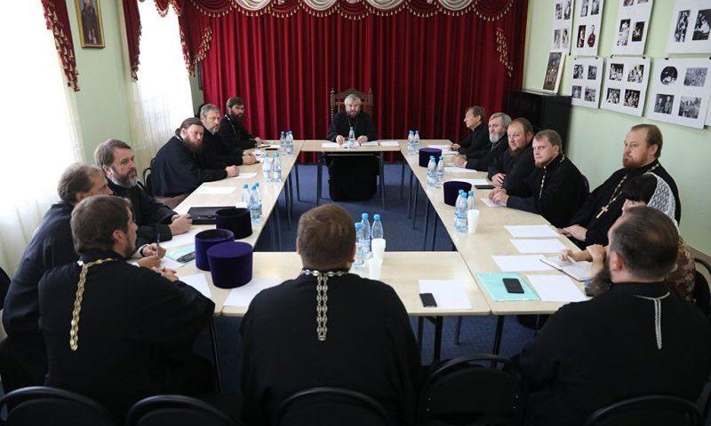 Епископ Шахтинский и Миллеровский Симон возглавил расширенное заседание Епархиального совета
