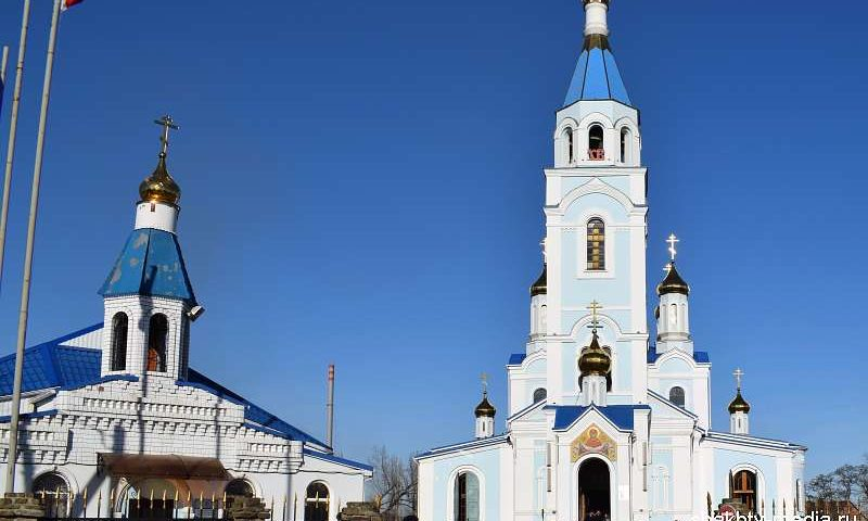 Православные верующие г.Шахты отмечают Успение Пресвятой Богородицы