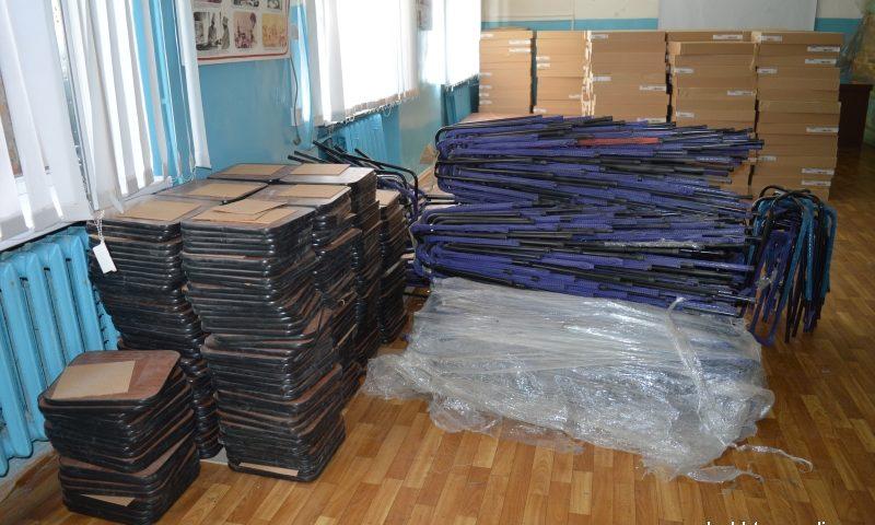 Детской городской больнице г.Шахты подарили много новой мебели