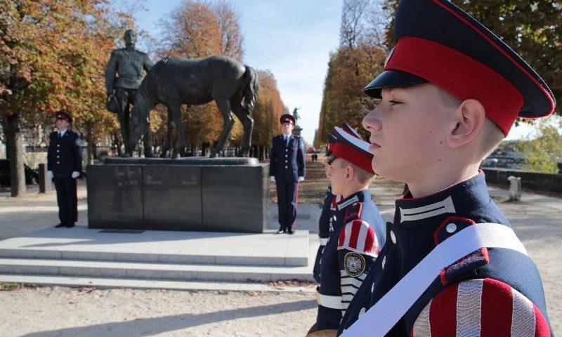 Шахтинские кадеты побывали в Париже