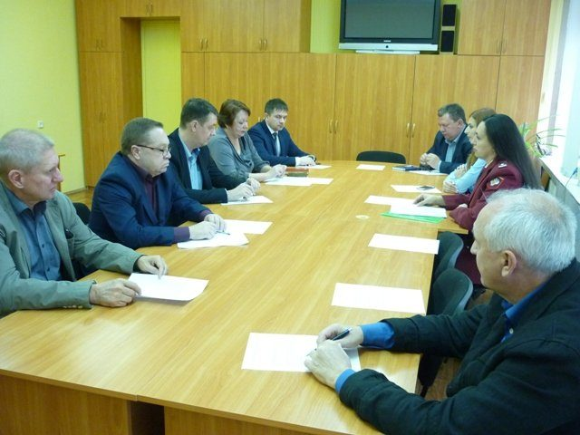 В администрации г.Шахты прошло очередное заседание межведомственной комиссии по защите прав потребителей