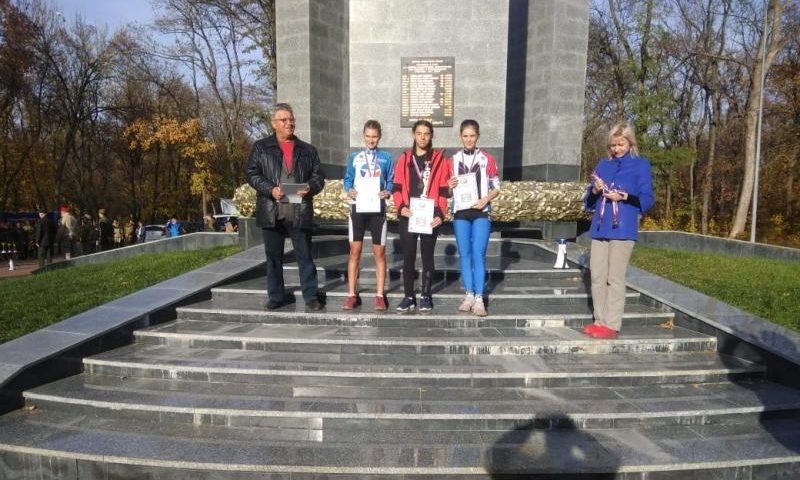 Шахтинские велосипедистки достойно выступили на первенстве города Ростова по велоспорту-маутинбайку