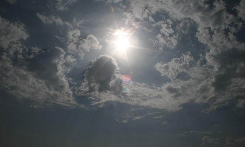 В Шахтах ожидается потепление и сильный ветер