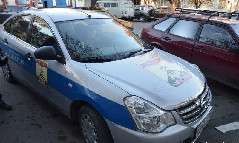 В г.Шахты работает передвижная  видеокамера, которая фиксирует нарушения правил парковки