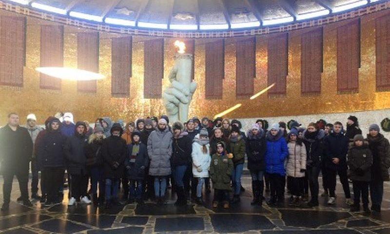 Студенты  ШРКТЭ им. ак. Степанова П.И. совершили экскурсию в город-герой Волгоград