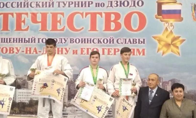 Шахтинские дзюдоисты выступили достойно во Всероссийском турнире по дзюдо среди юношей до 18 лет