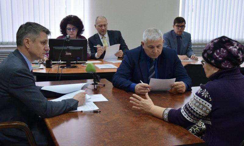 Глава администрации провел прием граждан в рамках Дня Конституции Российской Федерации