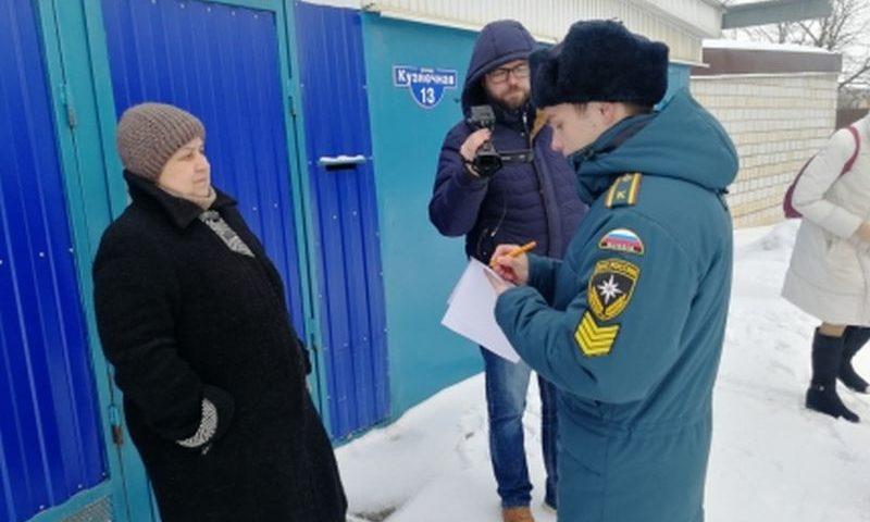 Сотрудники МЧС Ростовской области продолжают активную профилактическую работу со всеми категориями граждан