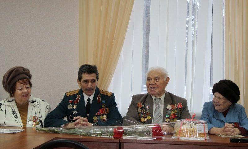 В Шахтах стартовал месячник  военно-патриотического воспитания