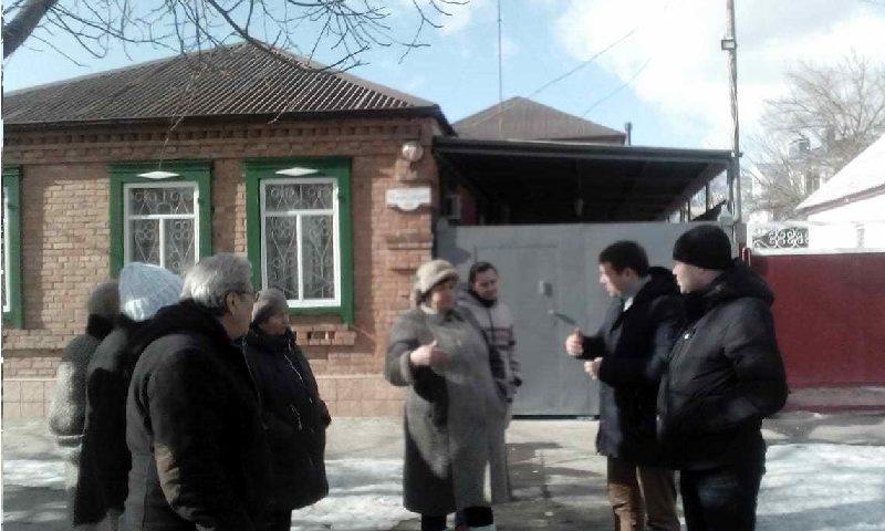 Жители переулка Народный г. Шахты собрались на информационную встречу