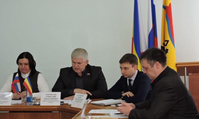 В городской думе г. Шахты  прошло заседание комитета по экономической политике