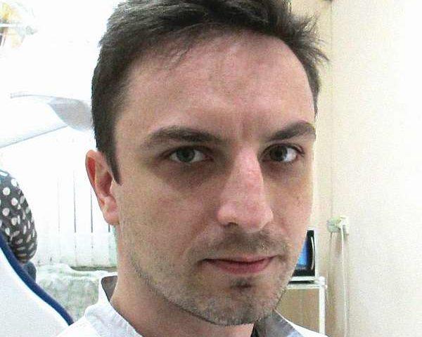 Юрий Титаренко, заведующий ортопедическим отделением МБУЗ «Стоматологическая  поликлиника №2»:
