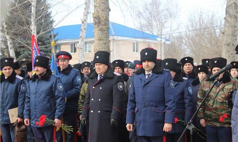Кадеты казачьих кадетских корпусов Ростовской области отметили 100-летие начала восстания в станице Шумилинской