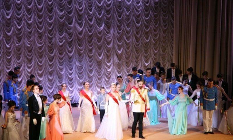 Настоятель Патриаршего Вознесенского собора поздравил коллектив ЮРГПУ (НПИ) с открытием нового концертного зала