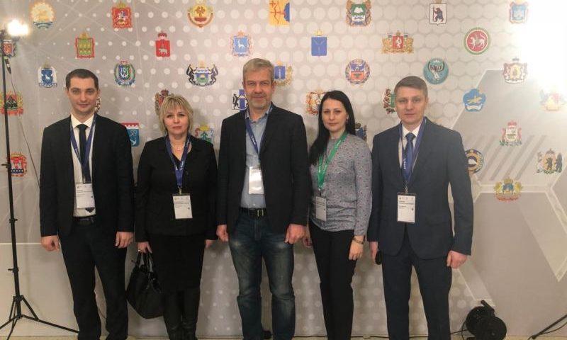 Глава администрации города Шахты Андрей Ковалев принимает участие в семинаре «Безопасные и качественные дороги»