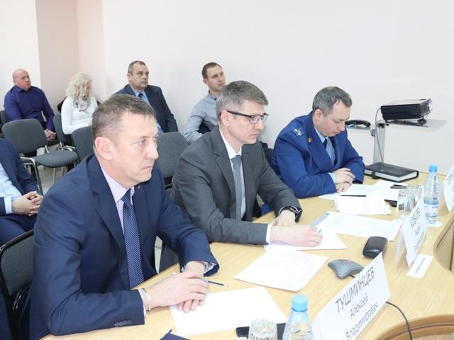 Глава администрации г.Шахты принял участие в расширенном совещании губернатора Ростовской области