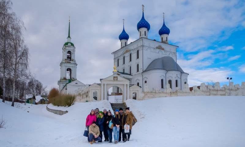 Фотографии из Нижнего Новгорода поступили на фотоконкурс «По святым местам: своими глазами и своими стопами»