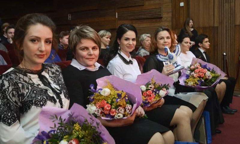30 дончанам будет присвоено звание «Лучший работник образования Дона»