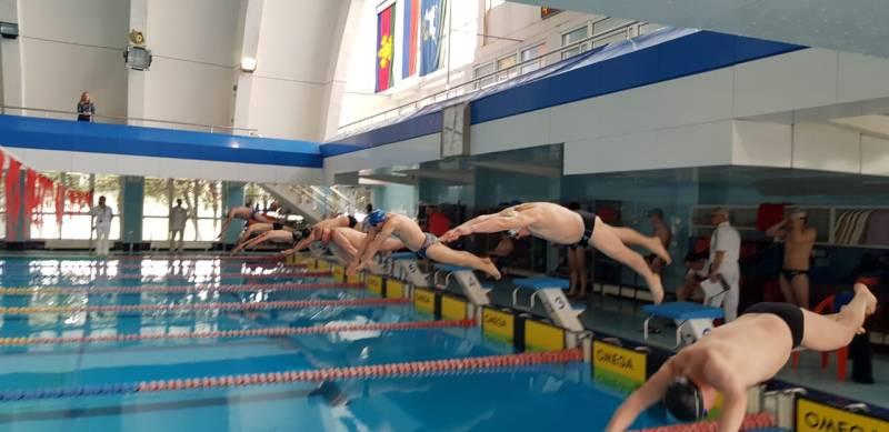 Шахтинские пловцы одержали победу в Областных соревнованиях