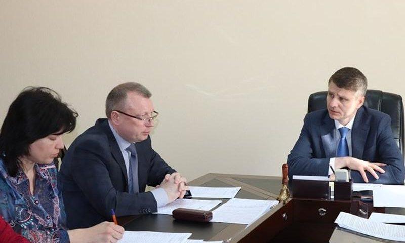 В администрации г.Шахты обсудили меры по увеличению поступления налогов в бюджет города