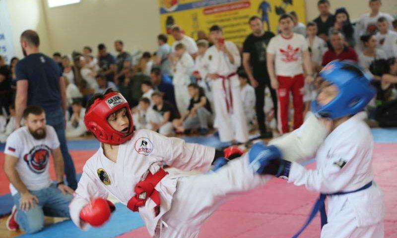 В Шахтах прошел Открытый турнир по рукопашному бою