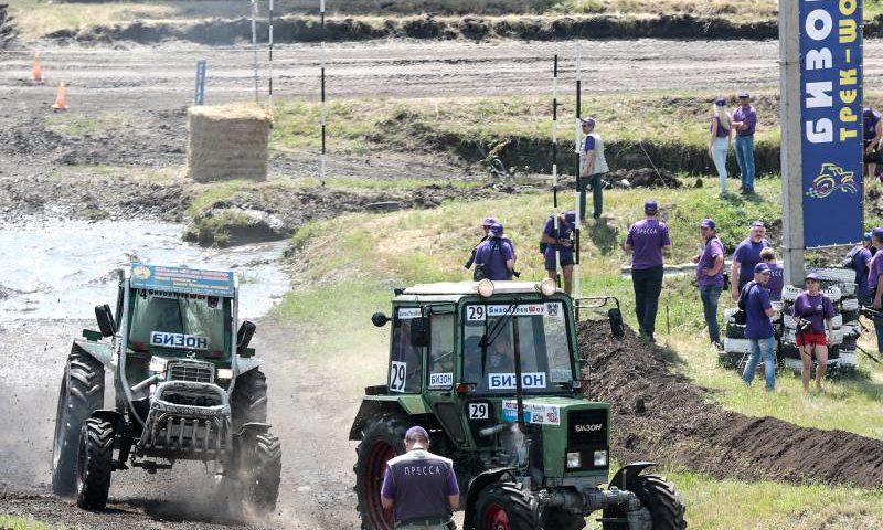 Гонки на тракторах на Дону пройдут 2 июня