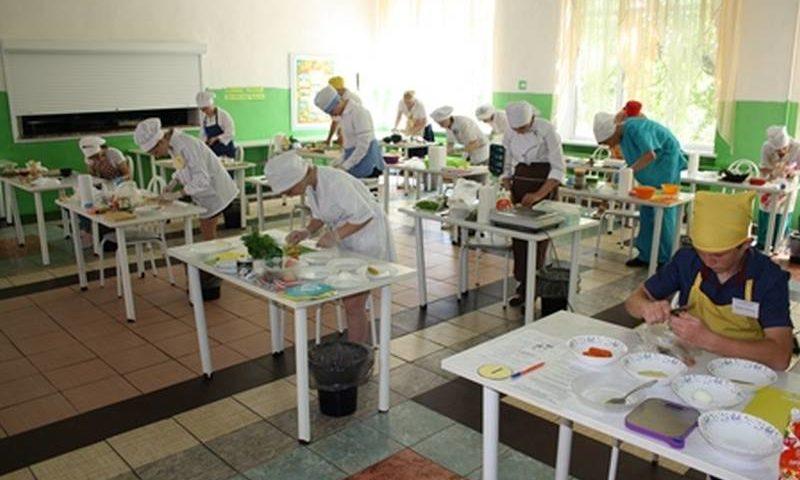 Шахтинцы заняли два первых и два призовых  места в Областном конкурсе «Лучший по профессии» среди обучающихся с интеллектуальными нарушениями