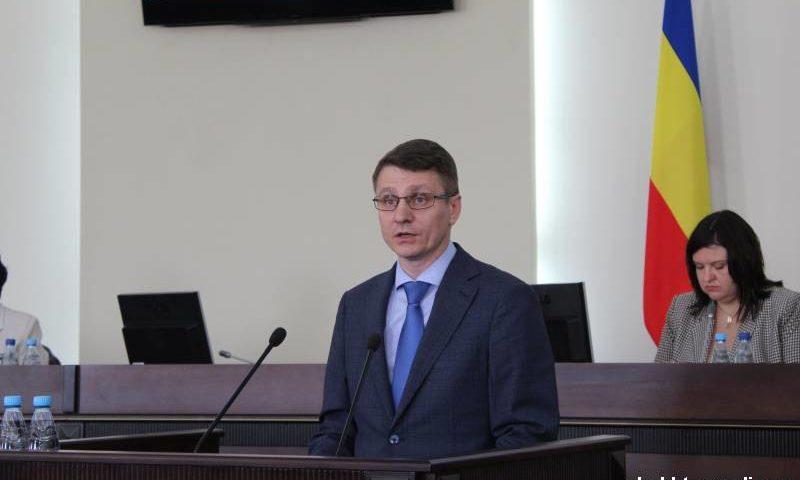 Отчет главы администрации города Шахты принят на заседании городской думы