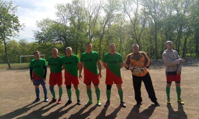 В Шахтах прошел турнир ветеранов по мини-футболу