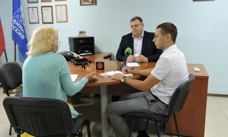 Руководитель Региональной службы госстройнадзора Ростовской области провел прием шахтинцев