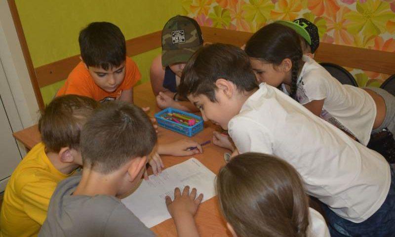 В Городском Доме детского творчества города Шахты продолжаются занятия