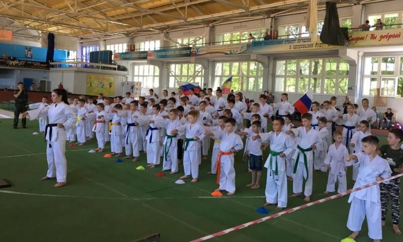 Спартакиада юных казаков прошла в Шахтах