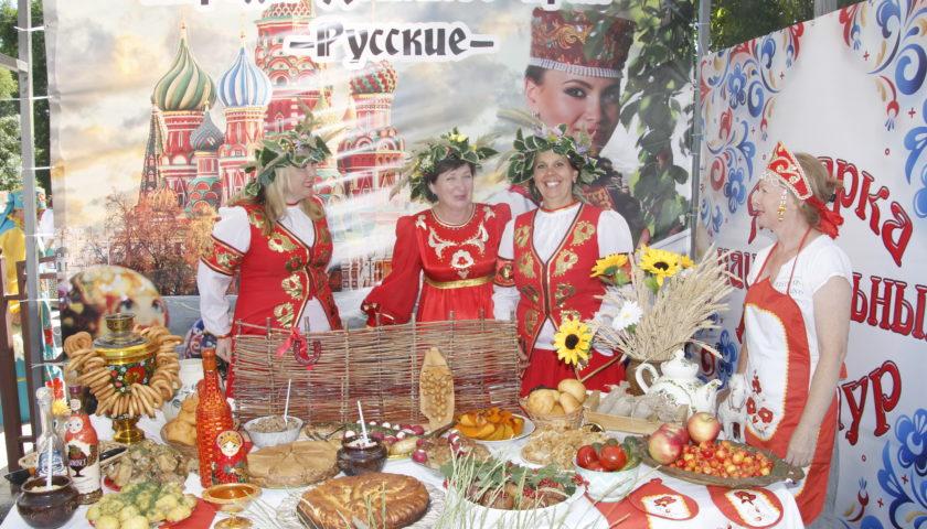 Фестиваль казачьего творчества «Степь ковыльная» собрал гостей со всей области