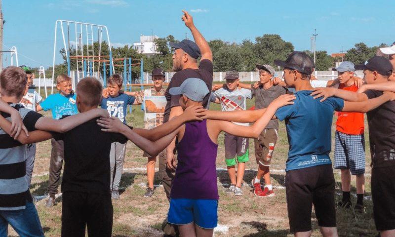 Слет школьников «Мы – донские казаки!» проходит в урочище Тополиха Семикаракорского района