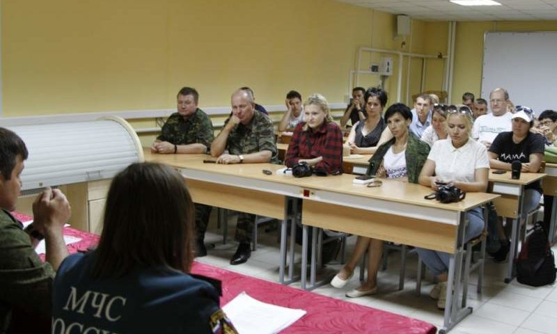 Представителям СМИ объяснили особенности ведения фото-, видеосъемки в боевых условиях на семинаре