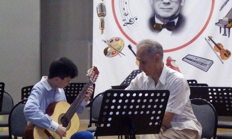 Шахтинец Павел Щепилов побывал во Всероссийской летней гитарной школе «Tabula Rasa»
