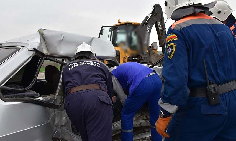 В текущем году сотрудники  поисково-спасательной службы Дона ликвидировали последствия 132 дорожно-транспортных происшествий