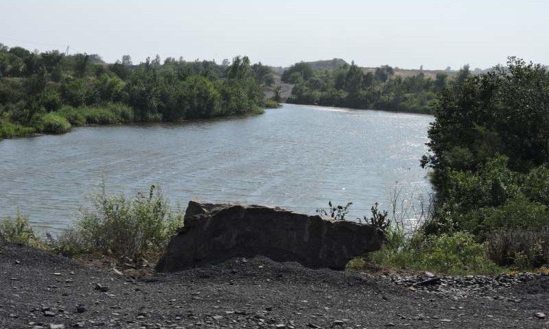 На территории Ростовской области проверили качество воды в водоемах