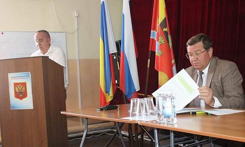 Проходят отчеты глав администраций городских и сельских поселений