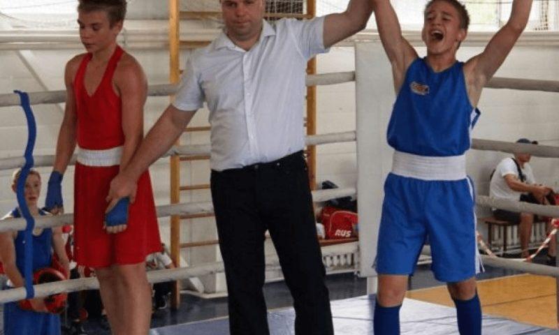 Определились сильнейшие команды турнира по боксу памяти героя-подводника Сергея Калинина