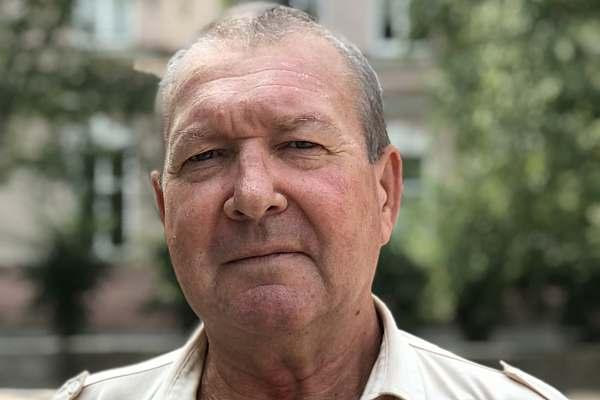 Геннадий БОНДАРЕНКО, пенсионер: