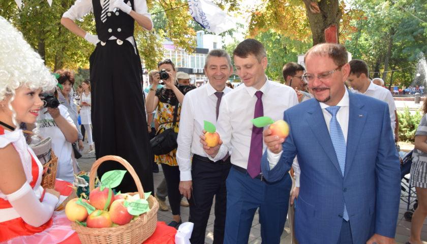 """Модуль """"Шахтинских известий"""" на выставке """"Дон-ЭКСПО"""" привлек большое внимание посетителей"""