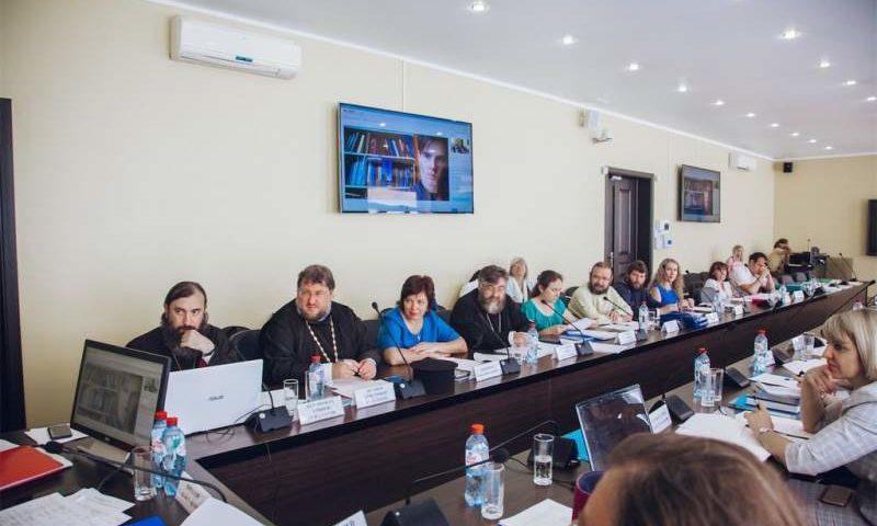 Второе и третье место в  конкурсе «За нравственный подвиг учителя» заняли представители  Шахтинской епархии